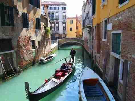 Tour 5: Gondola ride.